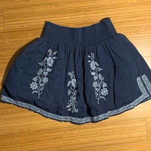 J CREW EMBROIDERED SKIRT GAUZE